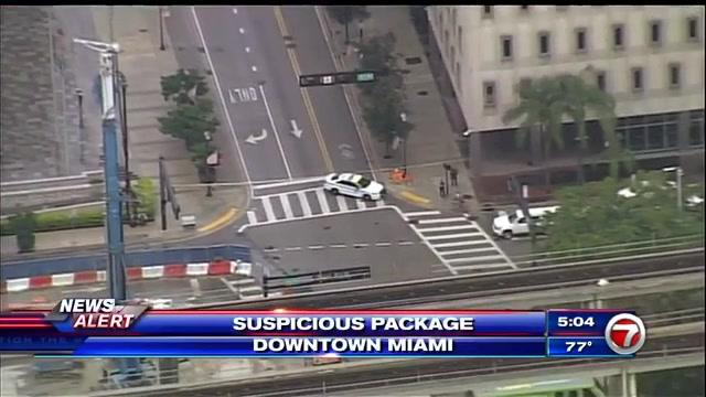 211001_suspicious_package_downtown_Miami.jpg