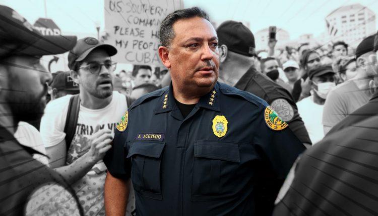 211006-miami-police-chief-tease-01_dnffnt.jpeg