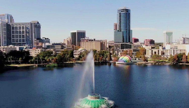 Orlando-skyline-Lake-Eola.jpg