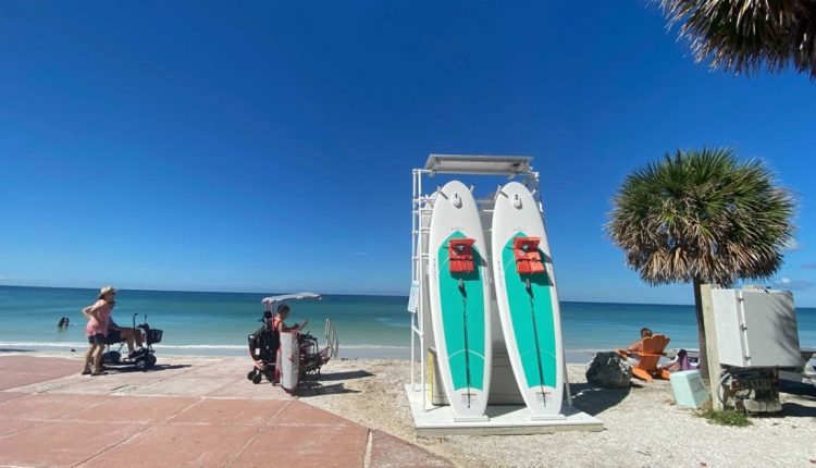 st.-Pete-Beach-adds-new-paddle-board-rental-stations-WFTS.jpg